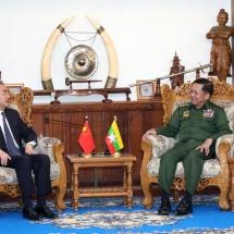 တပ်မတော်ကာကွယ်ရေးဦးစီးချုပ် ဗိုလ်ချုပ်မှူးကြီး မင်းအောင်လှိုင်  တရုတ်ပြည်သူ့သမ္မတနိုင်ငံ၊ နိုင်ငံတော်ကောင်စီဝင်နှင့် နိုင်ငံခြားရေးဝန်ကြီး Mr. Wang Yi နှင့် တွေ့ဆုံဆွေးနွေး