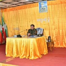 တပ်မတော်ကာကွယ်ရေးဦးစီးချုပ် ဗိုလ်ချုပ်မှူးကြီး မင်းအောင်လှိုင် ဟားခါးမြို့ရှိ ဒေသခံပြည်သူများအား ရင်းရင်းနှီးနှီးတွေ့ဆုံ (ရုပ်သံသတင်း)