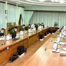 တပ်မတော်ကာကွယ်ရေးဦးစီးချုပ် ဗိုလ်ချုပ်မှူးကြီး မင်းအောင်လှုင် ကမ္ဘာ့ကပ်ရောဂါ COVID-19 ကာကွယ်ရေး၊ ထိန်းချုပ်ရေး၊ ကုသရေးနှင့် အခြားလိုအပ်ချက်များ ဆောင်ရွက်ပေးနိုင်ရေး အဋ္ဌမအကြိမ်ညှိနှိုင်းအစည်းအဝေးတက်ရောက်(ရုပ်သံသတင်း)