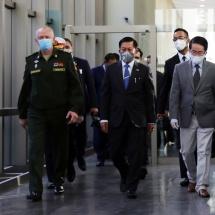 တပ်မတော်ကာကွယ်ရေးဦးစီးချုပ် ဗိုလ်ချုပ်မှူးကြီးမင်းအောင်လှိုင်ဦးဆောင်သည့် မြန်မာ့တပ်မတော်ချစ်ကြည်ရေးကိုယ်စားလှယ်အဖွဲ့ ရုရှားဖက်ဒရေးရှင်းနိုင်ငံသို့ရောက်ရှိ(ရုပ်သံသတင်း)