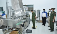 Senior General Min Aung Hlaing inspects operations of DENTOMEC toothbrush and toothpaste factory and tire factory (Ywama) of MEC