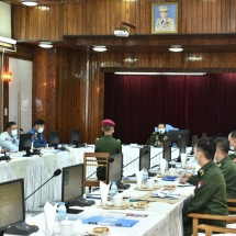 တပ်မတော်ကာကွယ်ရေးဦးစီးချုပ် ဗိုလ်ချုပ်မှူးကြီး မင်းအောင်လှိုင် စစ်တက္ကသိုလ် ဗိုလ်လောင်းသင်တန်းအမှတ်စဉ်(၆၃) မှ ဗိုလ်လောင်းသင်တန်းသားများအား စစ်လက်ရုံး များ ဆက်လက် စိစစ်ရွေးချယ်၊ ပြင်ဦးလွင်မြို့၊ နယ်မြေခံတပ်မတော်ဆေးရုံသို့ သွားရောက် ကြည့်ရှုစစ်ဆေး