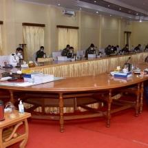 တပ်မတော်ကာကွယ်ရေးဦးစီးချုပ် ဗိုလ်ချုပ်မှူးကြီး မင်းအောင်လှိုင် အရှေ့မြောက်တိုင်းစစ်ဌာနချုပ်နယ်မြေအတွင်း တပ်မတော်နှင့် မြန်မာနိုင်ငံရဲတပ်ဖွဲ့ဝင်များပူးပေါင်း၍ မူးယစ်ဆေးဝါးတားဆီးနှိမ်နင်းရေးလုပ်ငန်းဆောင်ရွက်နိုင်မှုနှင့် လုံခြုံရေးတာဝန်ထမ်းဆောင် နိုင်မှုအခြေအနေများအား စစ်ဆေး