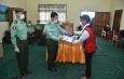 Senior General Min Aung Hlaing cordially meets town elders, departmental personnel of Leshi, Lahe, Hkamti, and presents COVID-19 prevention, control and treatment aids for departmental personnel, people's hospitals