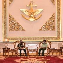 တပ်မတော်ကာကွယ်ရေးဦးစီးချုပ် ဗိုလ်ချုပ်မှူးကြီး မင်းအောင်လှိုင် အိန္ဒိယကြည်းတပ်ဦးစီးချုပ် General MM Naravane အား လက်ခံတွေ့ဆုံ