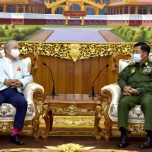 တပ်မတော်ကာကွယ်ရေးဦးစီးချုပ် ဗိုလ်ချုပ်မှူးကြီး မင်းအောင်လှိုင် မြန်မာနိုင်ငံအမျိုးသား ပြန်လည်သင့်မြတ်ရေးဆိုင်ရာ ဂျပန်အစိုးရ၏ အထူးကိုယ်စားလှယ်နှင့် ဂျပန်နိုင်ငံ၊ နိပွန် ဖောင်ဒေးရှင်းဥက္ကဋ္ဌ ဦးဆောင်သောကိုယ်စားလှယ်အဖွဲ့အား လက်ခံတွေ့ဆုံ(ရုပ်သံသတင်း)