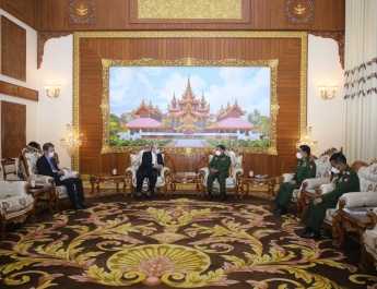 Senior General Min Aung Hlaing receives Mr. Hideo WATANABE, Chairman of Japan-Myanmar Friendship Association of Japan and Former Member of House of Counsellors in the Diet of Japan