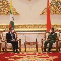 တပ်မတော်ကာကွယ်ရေးဦးစီးချုပ် ဗိုလ်ချုပ်မှူးကြီး မင်းအောင်လှိုင် တရုတ်ပြည်သူ့ သမ္မတနိုင်ငံ၊ နိုင်ငံတော်ကောင်စီဝင်နှင့် နိုင်ငံခြားရေးဝန်ကြီးဖြစ်သူ H.E. Mr. Wang Yi အားလက်ခံတွေ့ဆုံ
