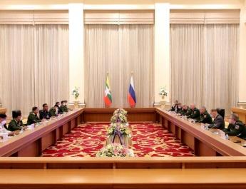 တပ်မတော်ကာကွယ်ရေးဦးစီးချုပ် ဗိုလ်ချုပ်မှူးကြီး မင်းအောင်လှိုင် ရုရှားဖက်ဒရေးရှင်း နိုင်ငံ၊ ကာကွယ်ရေးဝန်ကြီး Army General Sergey K.SHOIGU အား ဂုဏ်ပြုကြိုဆို၊ တွေ့ဆုံဆွေးနွေး