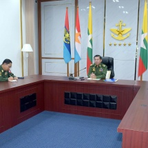 Senior General Min Aung Hlaing speaks to senior officer instructors, senior officer trainees from Command and General Staff College in Kalaw Station via video conferencing