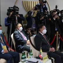 နိုင်ငံတော်စီမံအုပ်ချုပ်ရေးကောင်စီဥက္ကဋ္ဌ၊ တပ်မတော်ကာကွယ်ရေးဦးစီးချုပ် ဗိုလ်ချုပ်မှူးကြီး မင်းအောင်လှိုင် အာဆီယံနိုင်ငံ့ခေါင်းဆောင်များအစည်းအဝေးသို့ တက်ရောက်